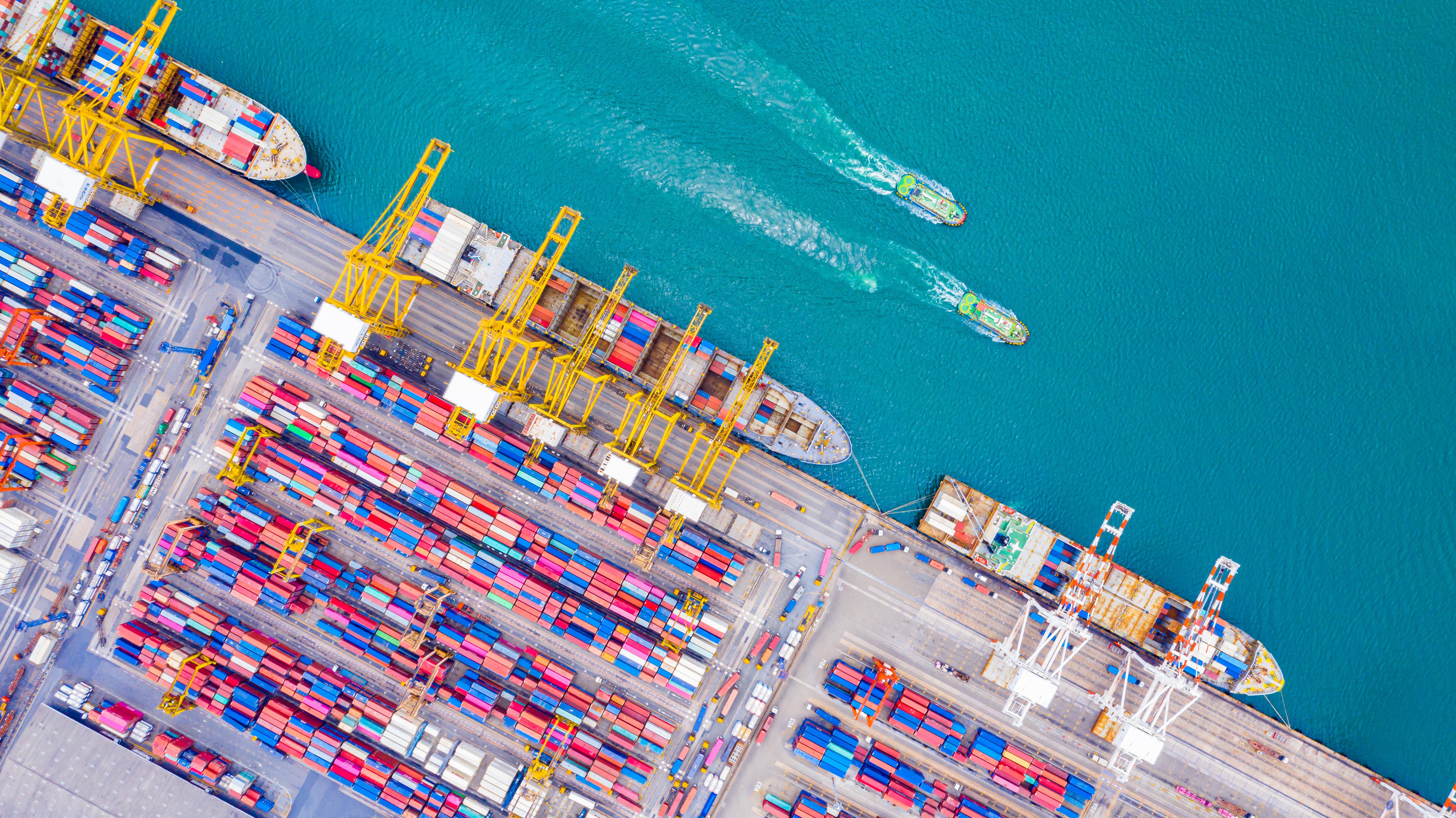 Problematyka portów morskich, czyli potęga ,,Wielkiej czwórki